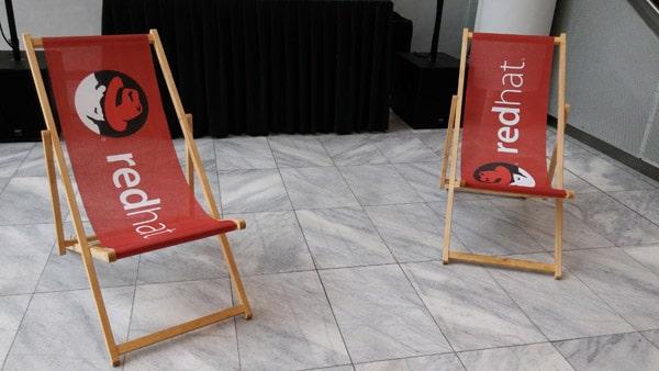 Im Sitzen netzwerkt es sich besser auf der Red Hat Partner Conference 2015