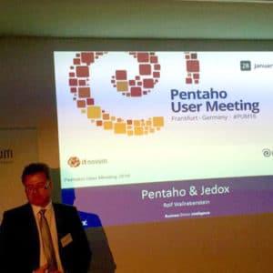 Rolf Wallrabenstein von Jedox zeigte das Potenzial einer kombinierten Pentaho-Jedox-Lösung auf