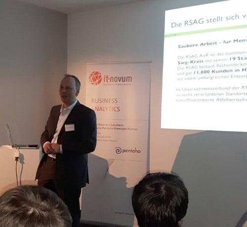 Jürgen Sluyterman vom Entsorgungsunternehmen RSAG auf dem Pentaho User Meeting