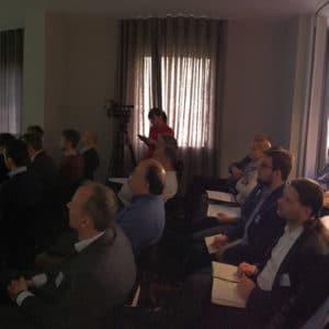 Mit 70 Teilnehmern bis auf den letzten Platz besetzt: der Vortragsraum