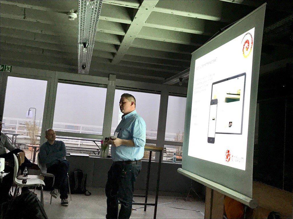 Brian Kurbjuhn stellte Unternehmensportale mit integrierten Pentaho-Dashboards vor