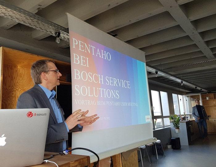 Rolf Petry stellte das Globale Reporting System bei BOSCH vor