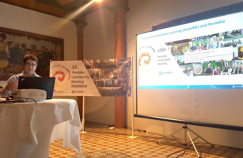 Caio Moreno de Souza presented an Artificial Intelligence topic at Pentaho Community Meeting 2017